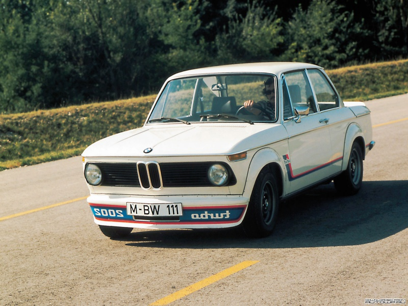 BMW 2002 Turbo: 5 фото