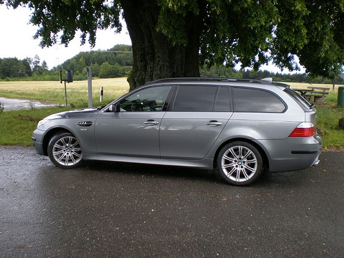 Index of /data_images/galleryes/bmw-535d-touring/
