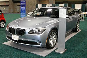 BMW ActiveHybrid 7: 10 фото