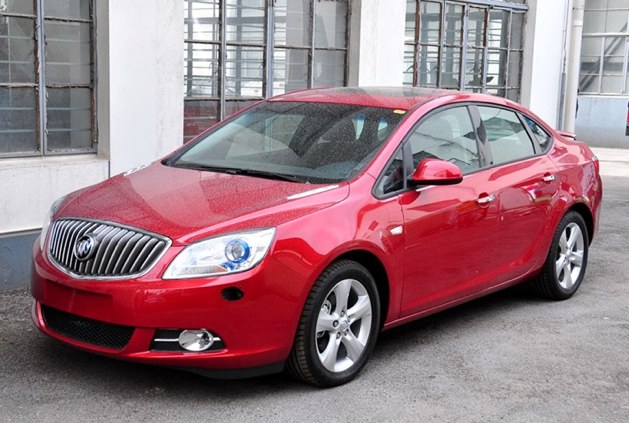 Buick Excelle: 7 фото