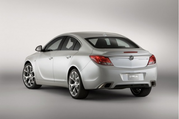 Buick Regal GS: 4 фото