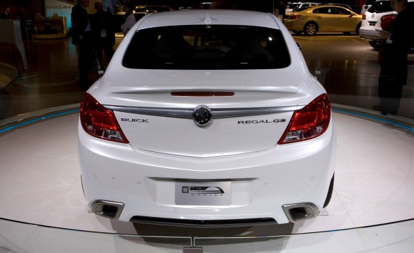 Buick Regal GS - 600 x 366, 06 из 16