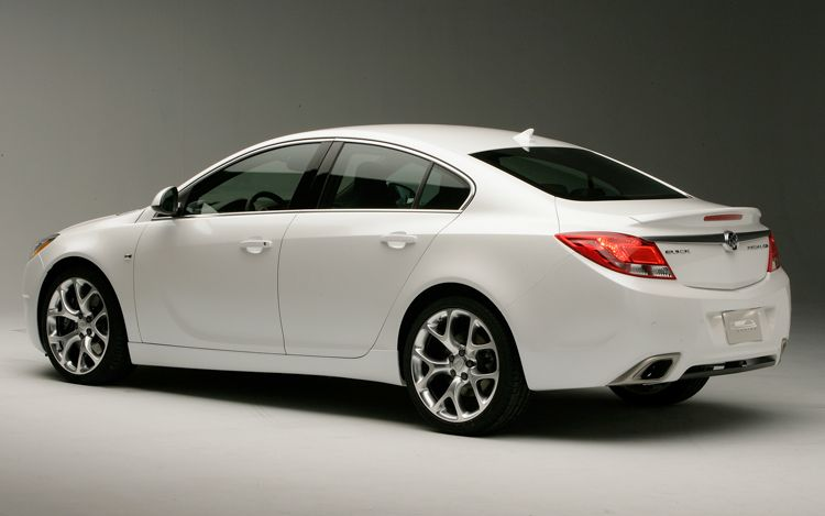 Buick Regal GS: 7 фото