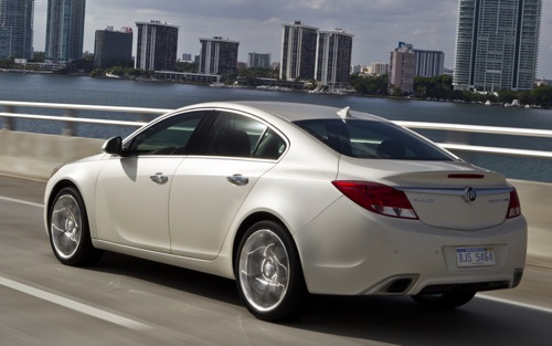 Buick Regal GS: 9 фото
