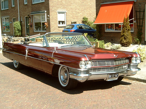 Cadillac DeVille Convertible: 9 фото