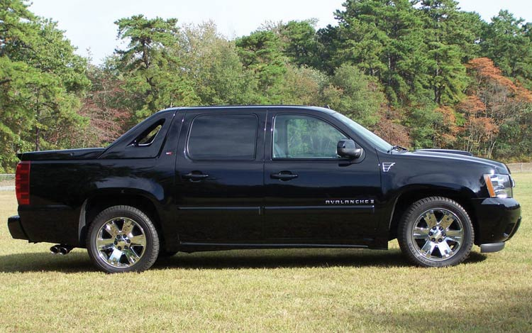 Chevrolet Avalanche: 2 фото