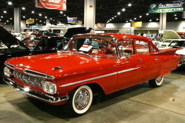 Chevrolet Biscayne: 4 фото