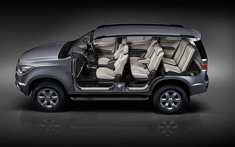 Chevrolet TrailBlazer: 11 фото