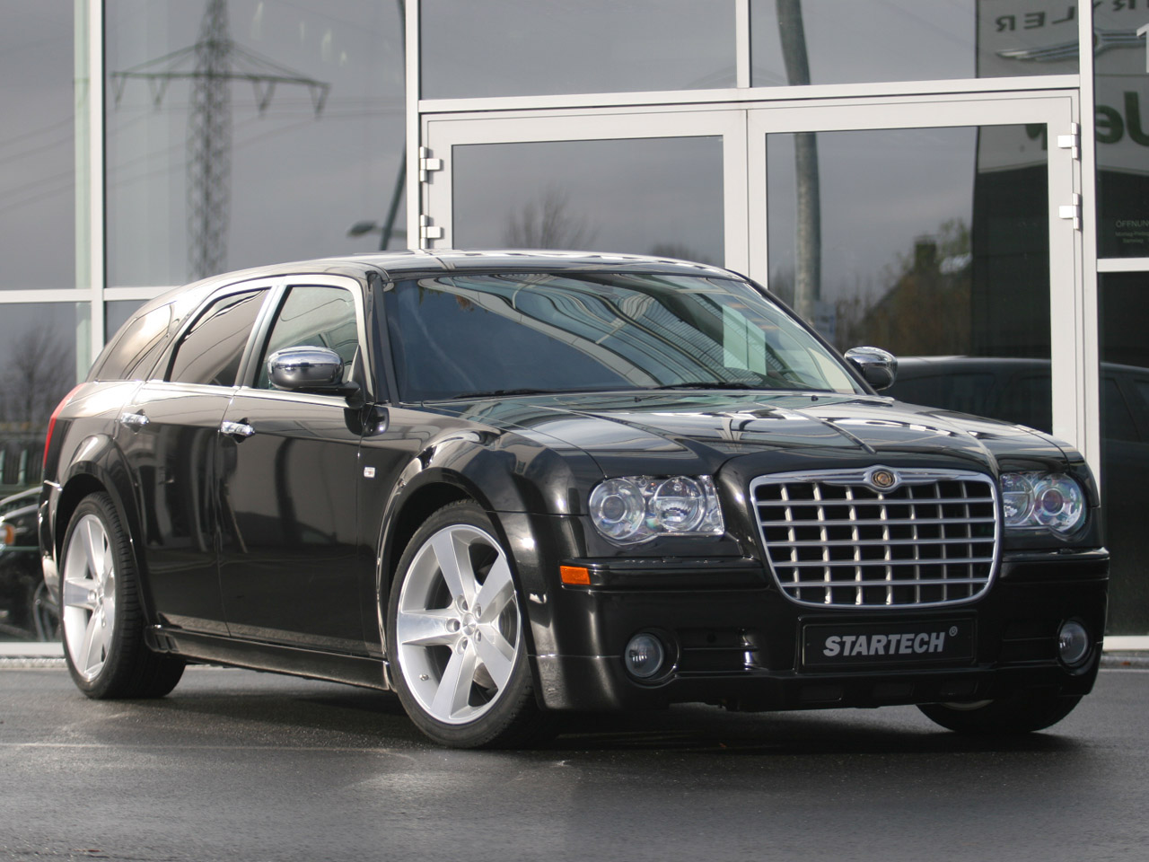 Chrysler C-300: 4 фото