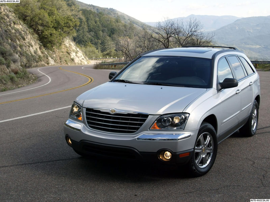 Chrysler Pacifica: 3 фото