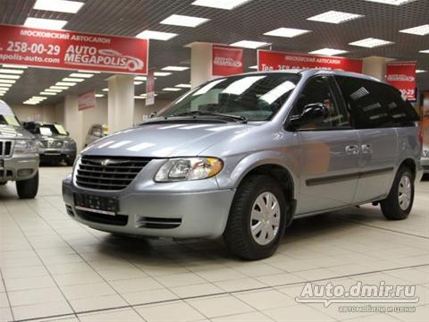 Chrysler Town & Country: 11 фото