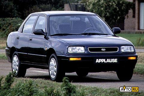 Daihatsu Applause: 2 фото