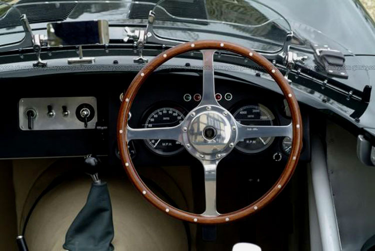 Jaguar C-Type: 12 фото