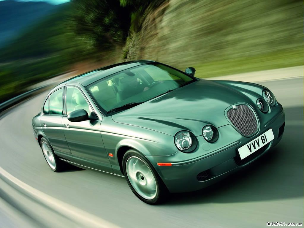 Jaguar S-Type: 8 фото