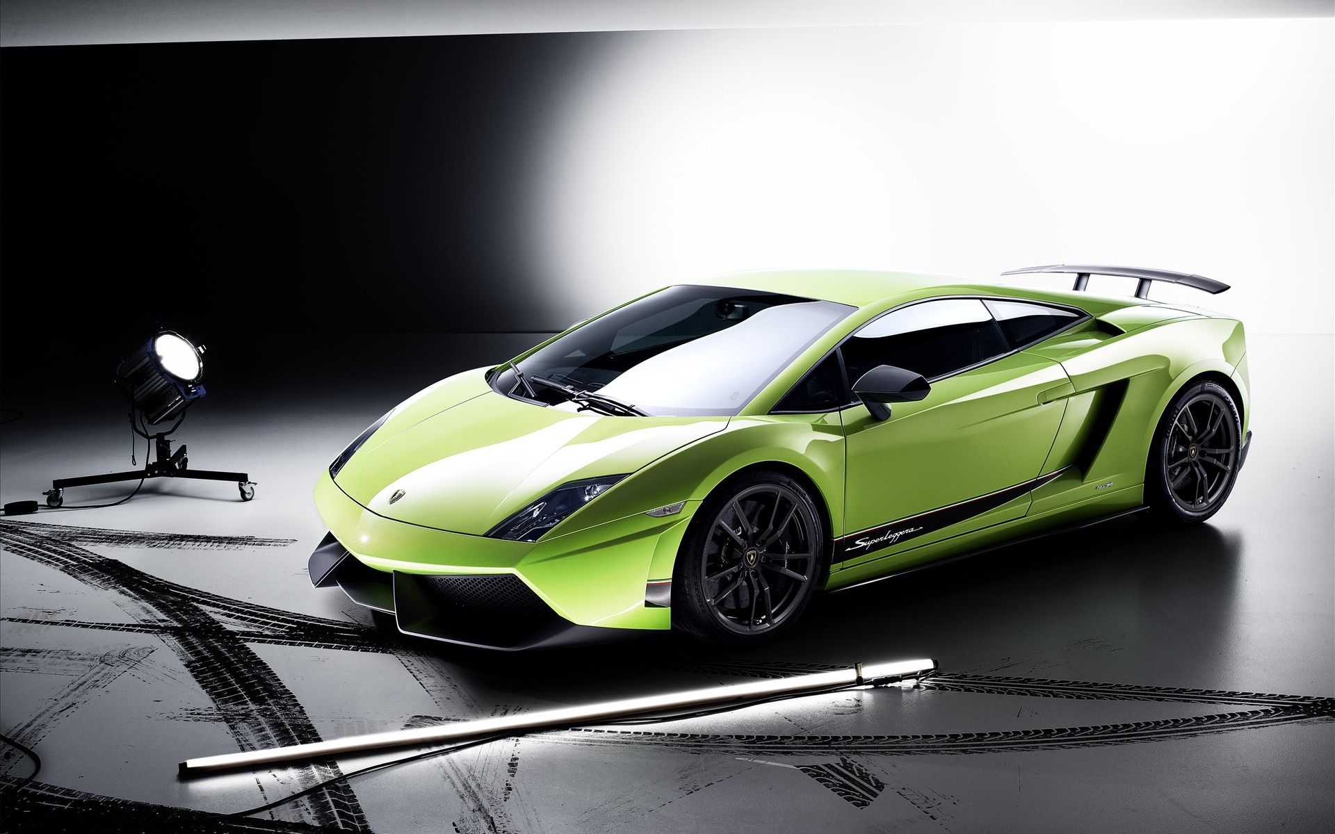 Lamborghini Gallardo LP570-4 Superleggera - 1920 x 1200, 05 из 16