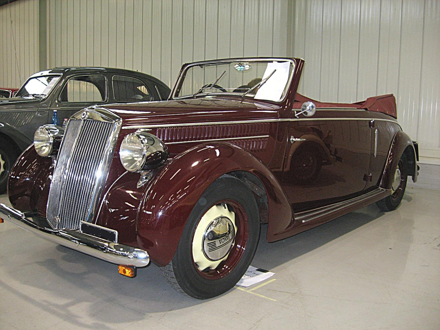 Index of /data_images/galleryes/lancia-ardea/