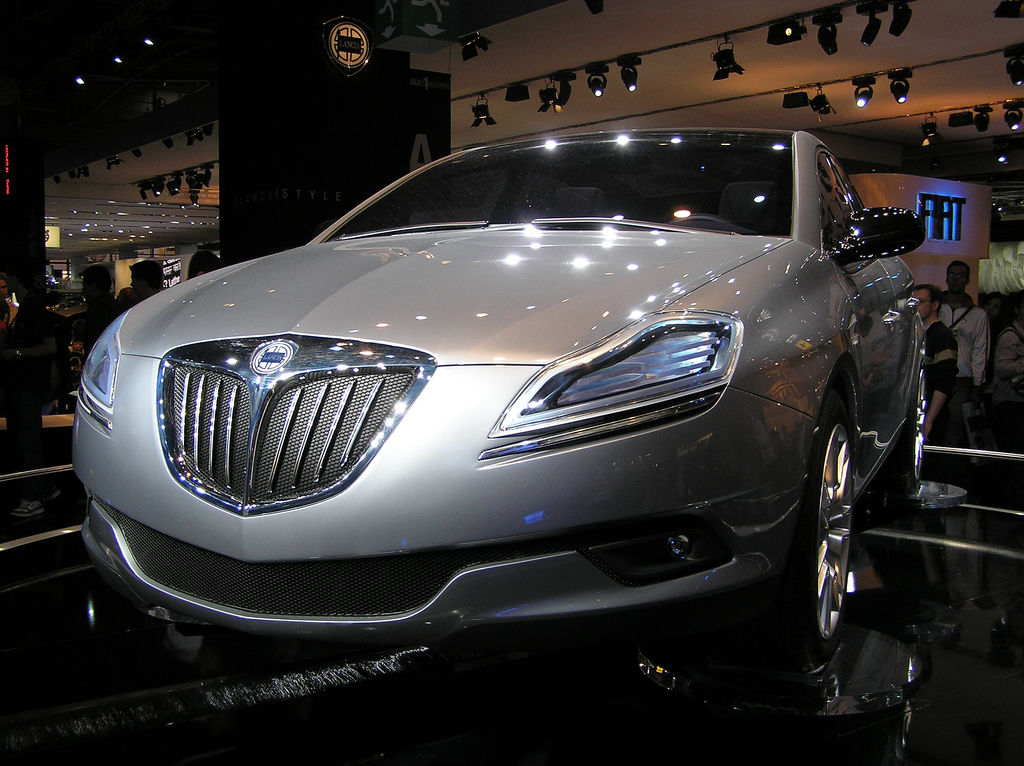 http://a2goos.com/data_images/galleryes/lancia-delta-hpe-concept/lancia-delta-hpe-concept-07.jpg