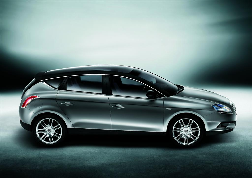 http://a2goos.com/data_images/galleryes/lancia-delta-hpe-concept/lancia-delta-hpe-concept-17.jpg