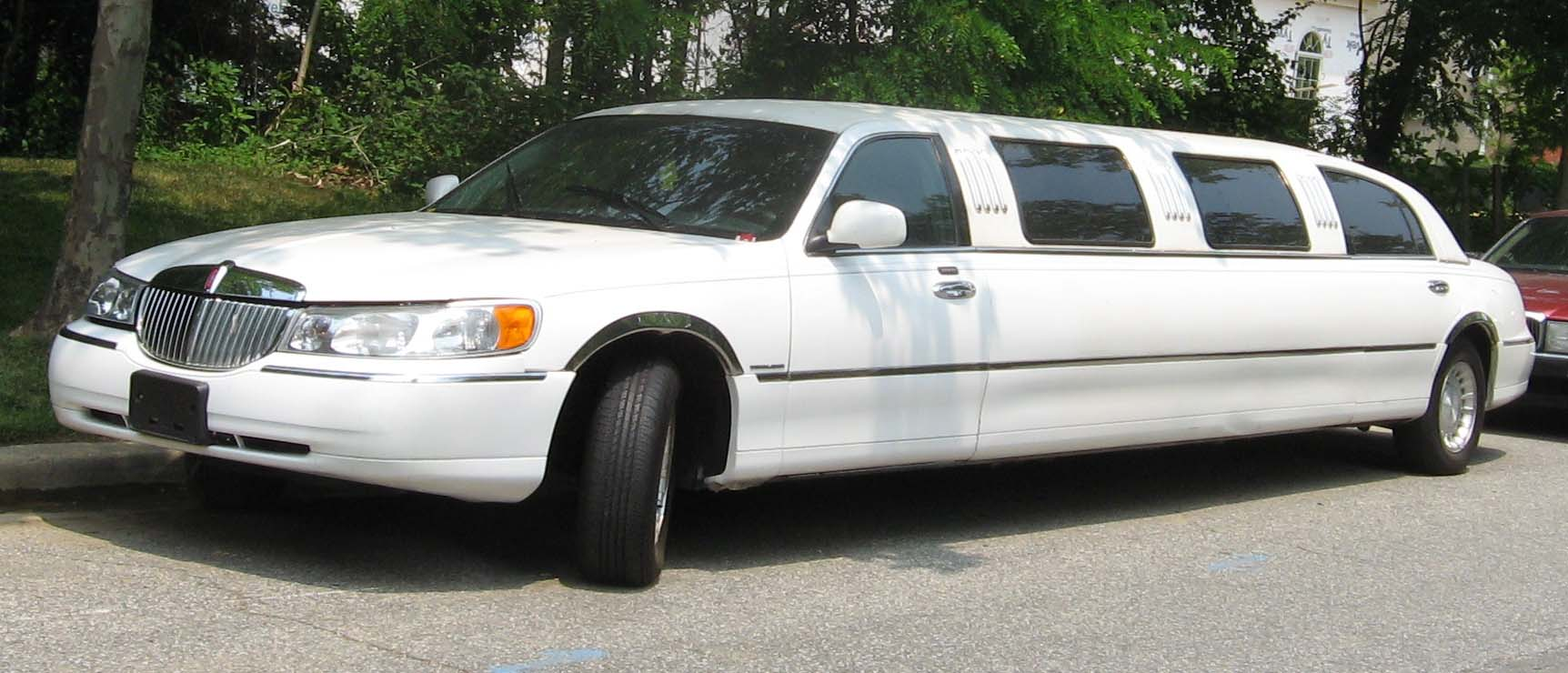 describe a limousine New limos available to rent for airport service, wedding limo service or prom service best limo service nashville tn describe your image here fallen apples.
