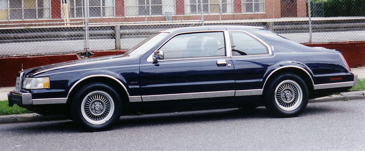 Lincoln Mark VII: 2 фото