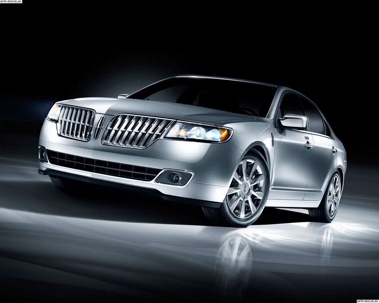 Lincoln MKZ: 6 фото