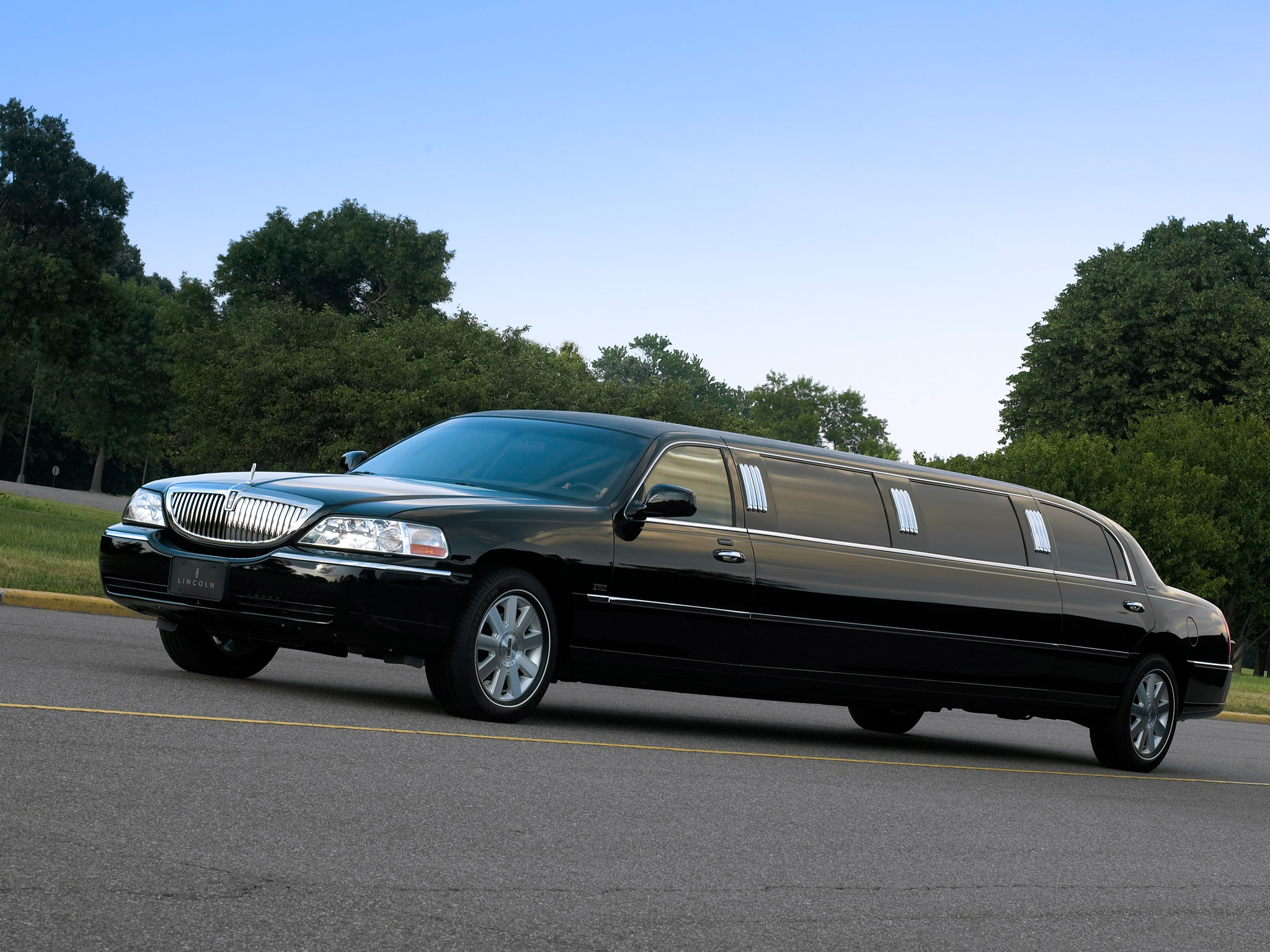 Lincoln Town Car 10 фото