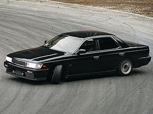 Nissan Laurel: 1 фото