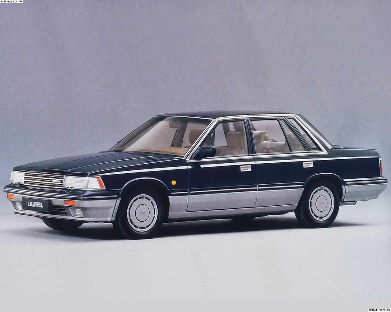 Nissan Laurel: 5 фото