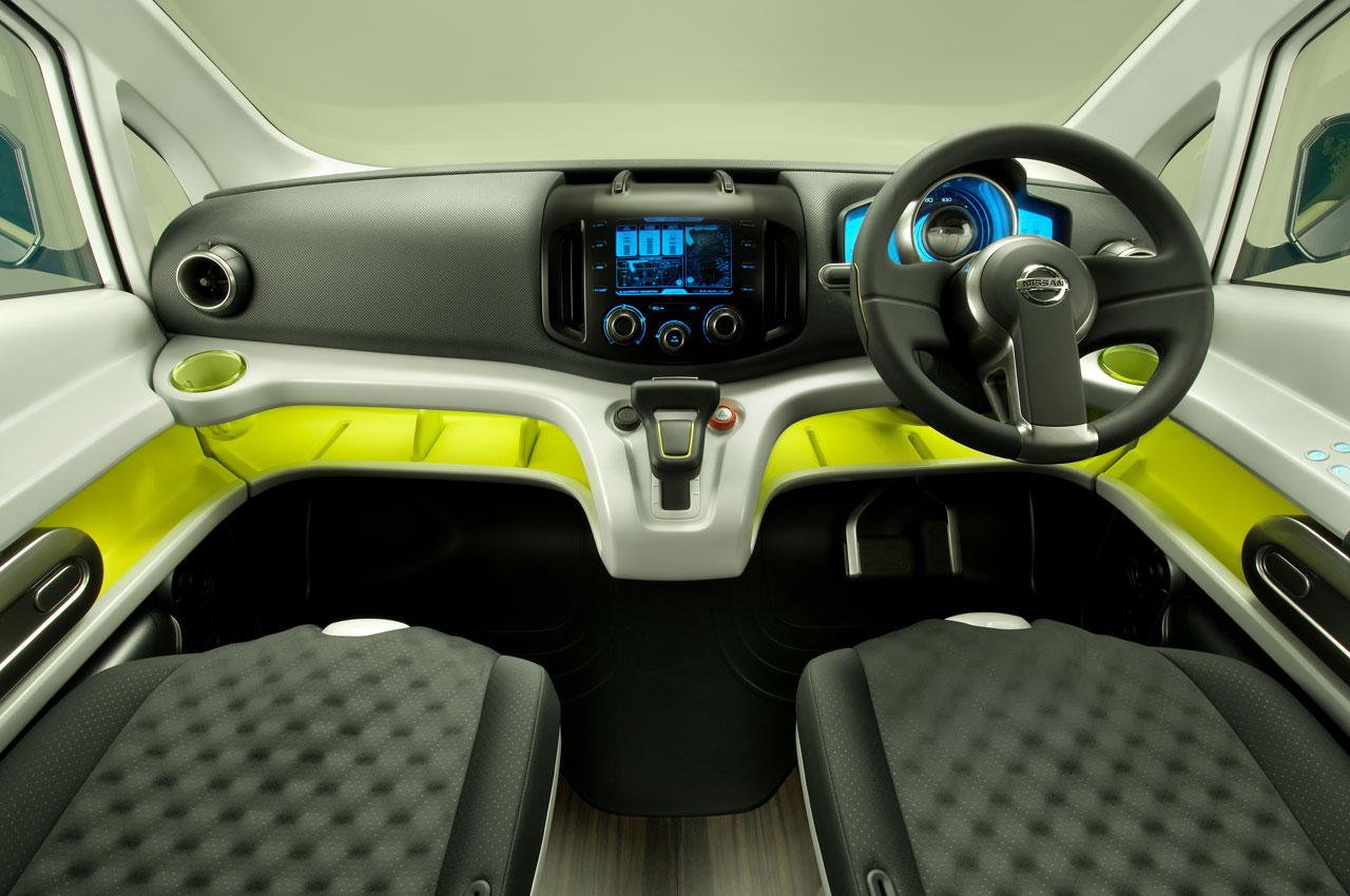 Nissan NV200: Фотогалерея, полная информация о модели ...