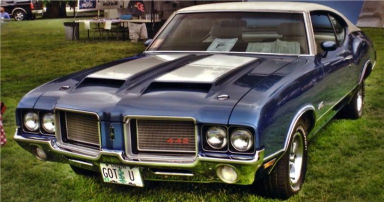 Oldsmobile Cutlass 442: 12 фото