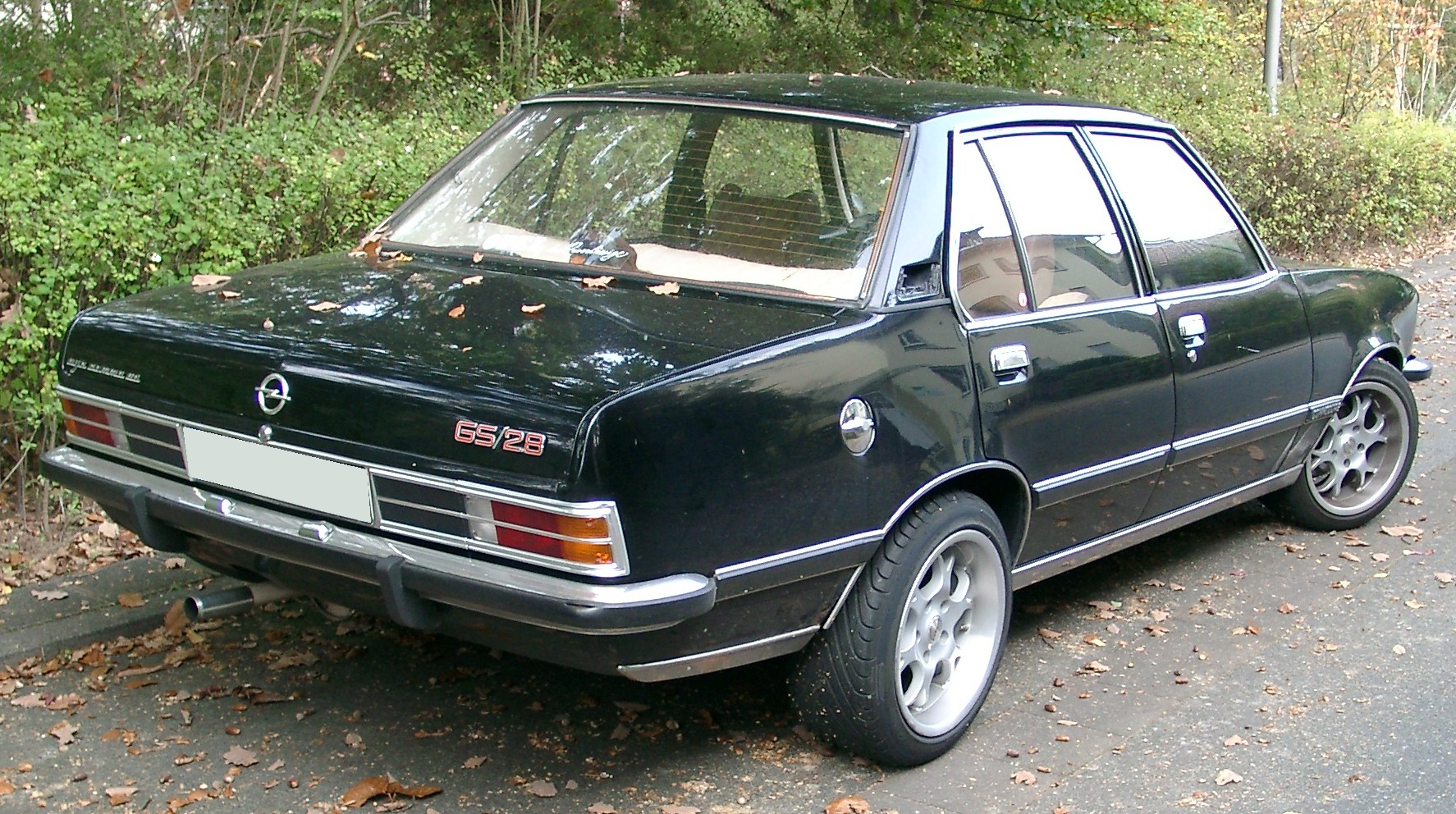 Opel Commodore: 8 фото