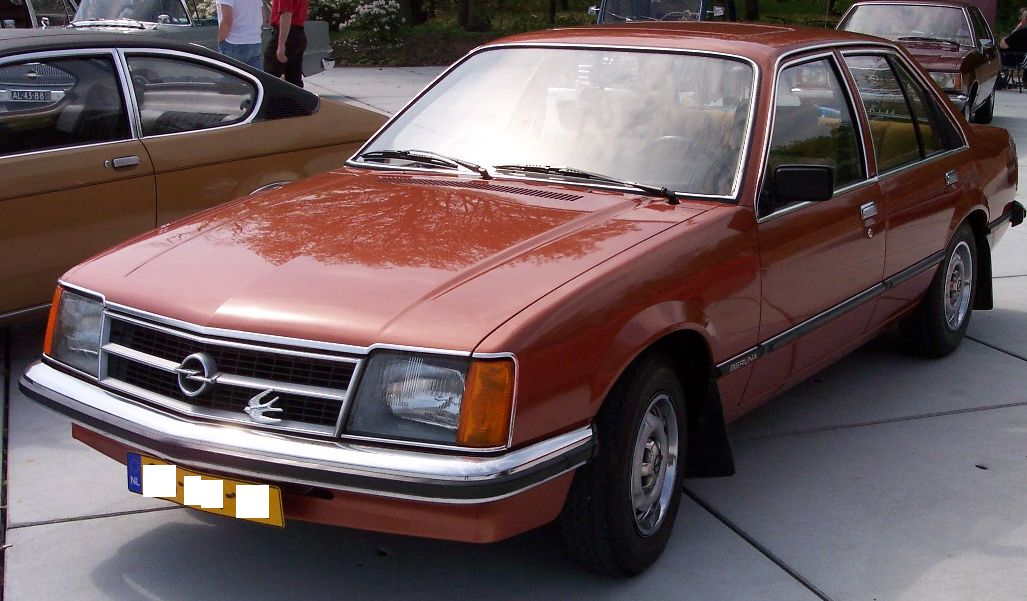 Opel Commodore: 10 фото