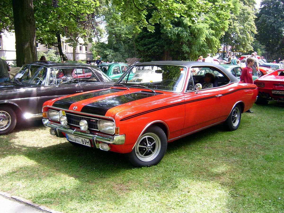33 best Old european coupes images on Pinterest | Vintage cars ...