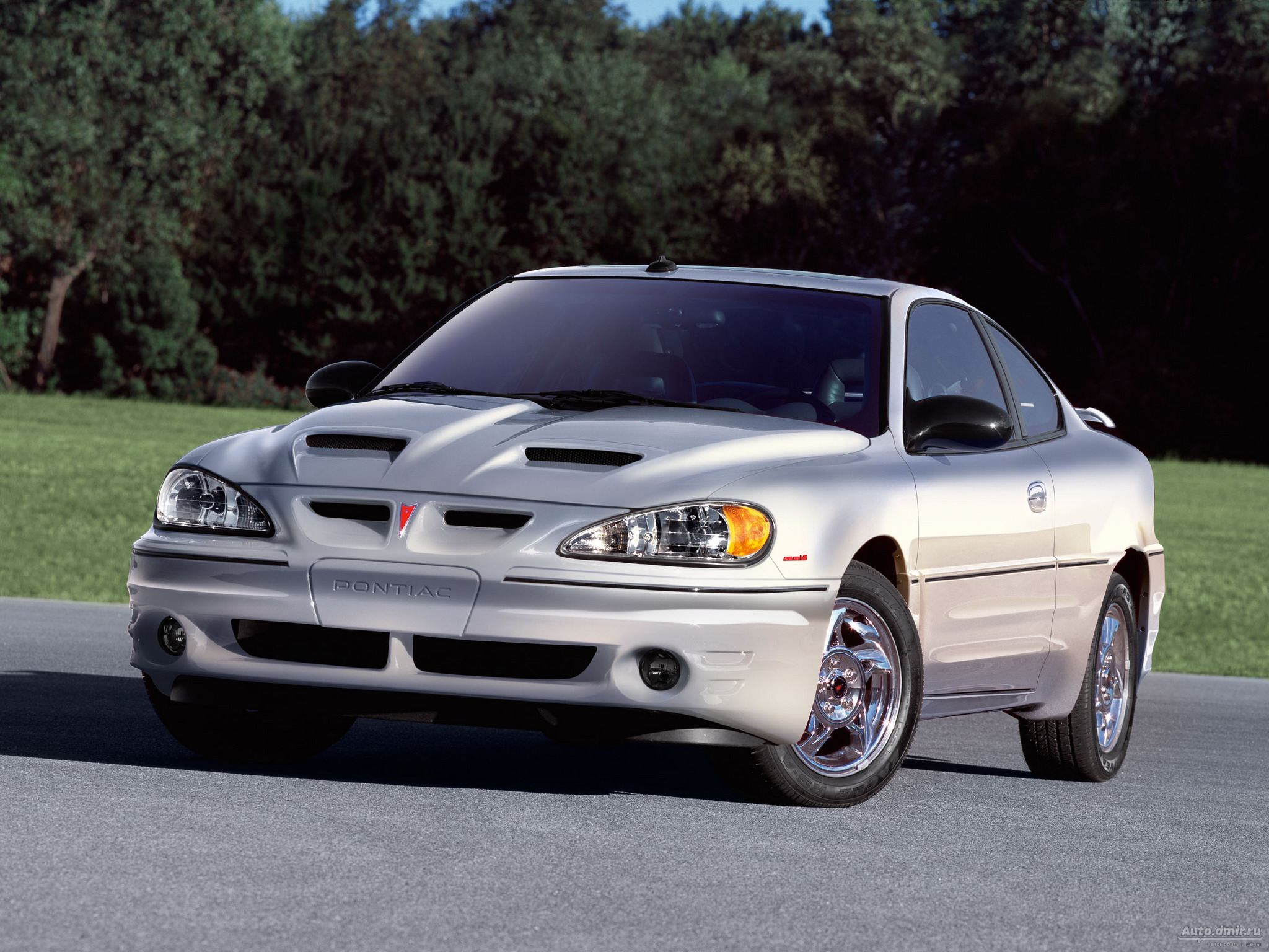 Pontiac Grand Am: 4 фото