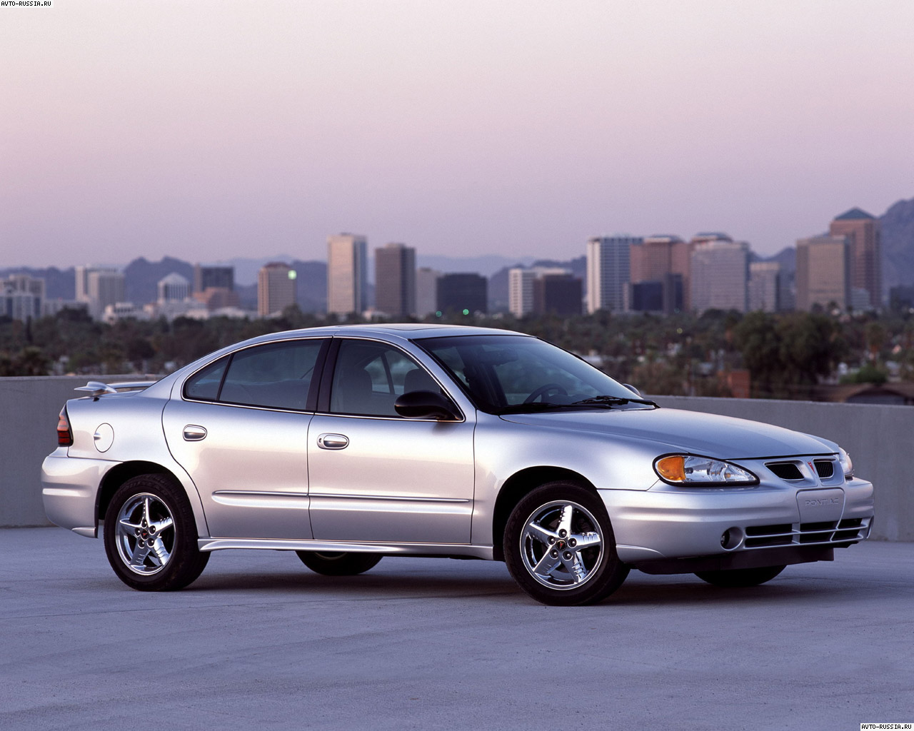 Pontiac Grand Am: 7 фото
