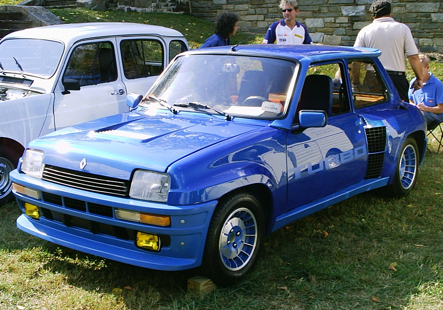 Renault 5 Turbo: 3 фото