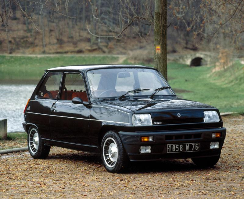 Renault 5 Turbo: 12 фото