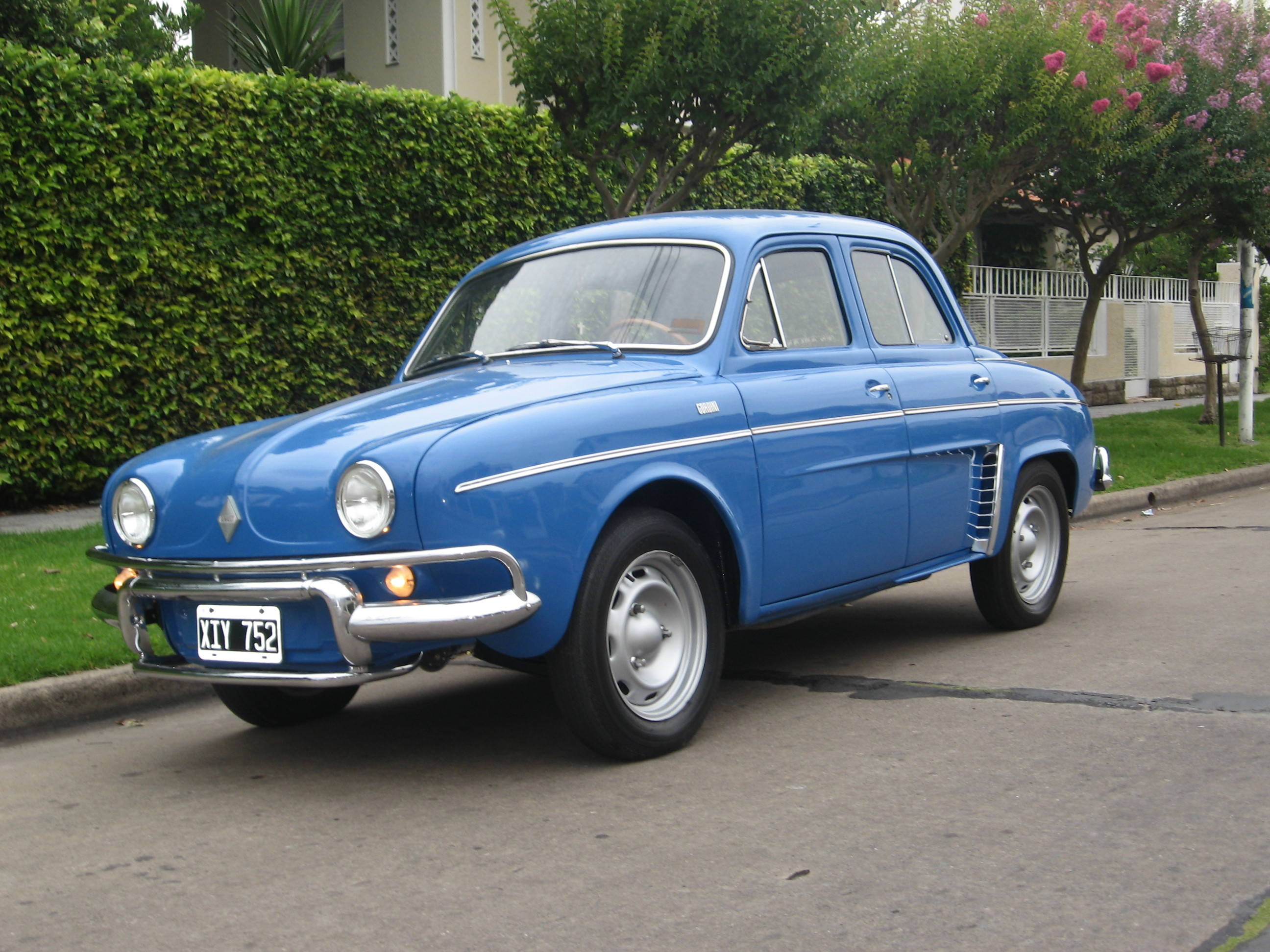 renault dauphine with Renault Ondine Gordini on Watch additionally The Fiat 500 Is Now Officially Work Of as well Renault Gordini 1093 Y Renault R8 in addition 7789482114 in addition Renault Dauphine.
