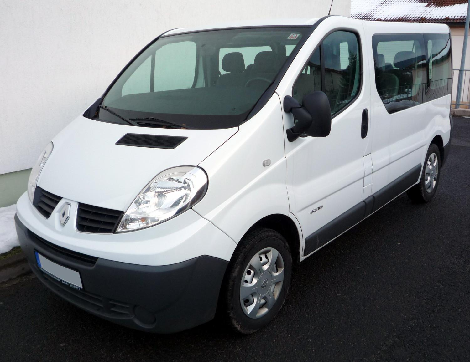 Renault Trafic: 3 фото