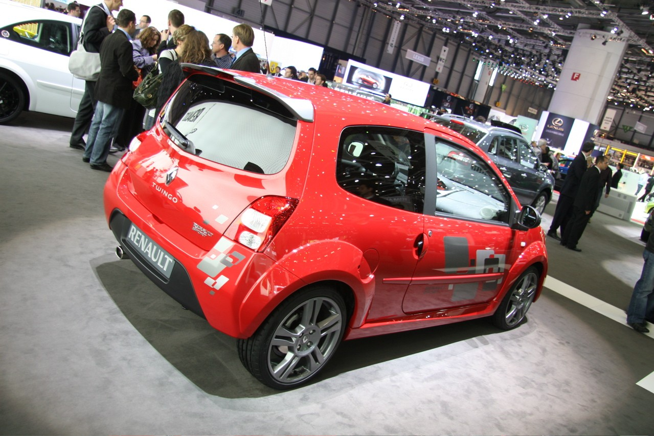 Renault Twingo RS: 6 фото