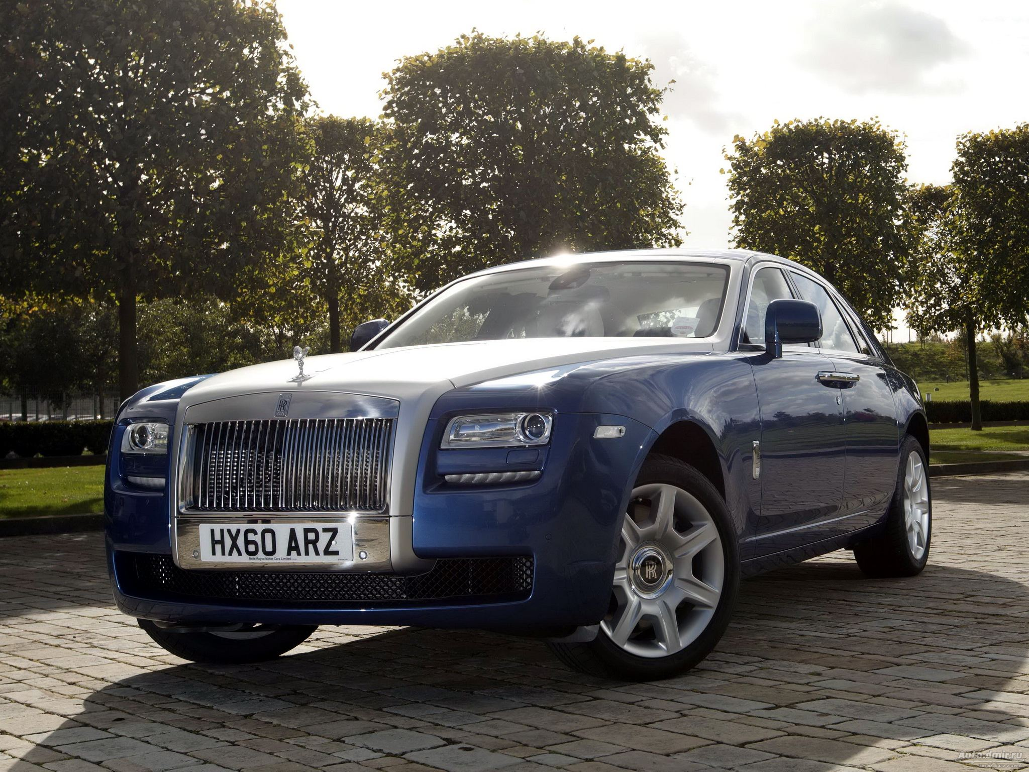 Rolls-Royce Ghost: 6 фото