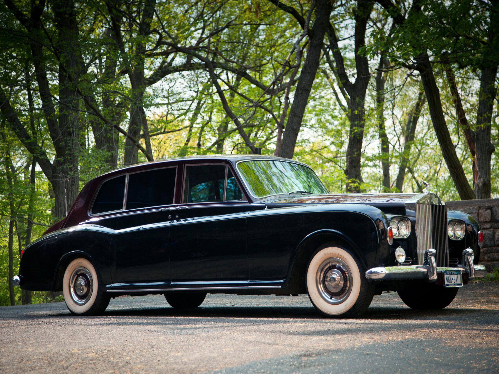 Rolls-Royce Phantom VI: 11 фото