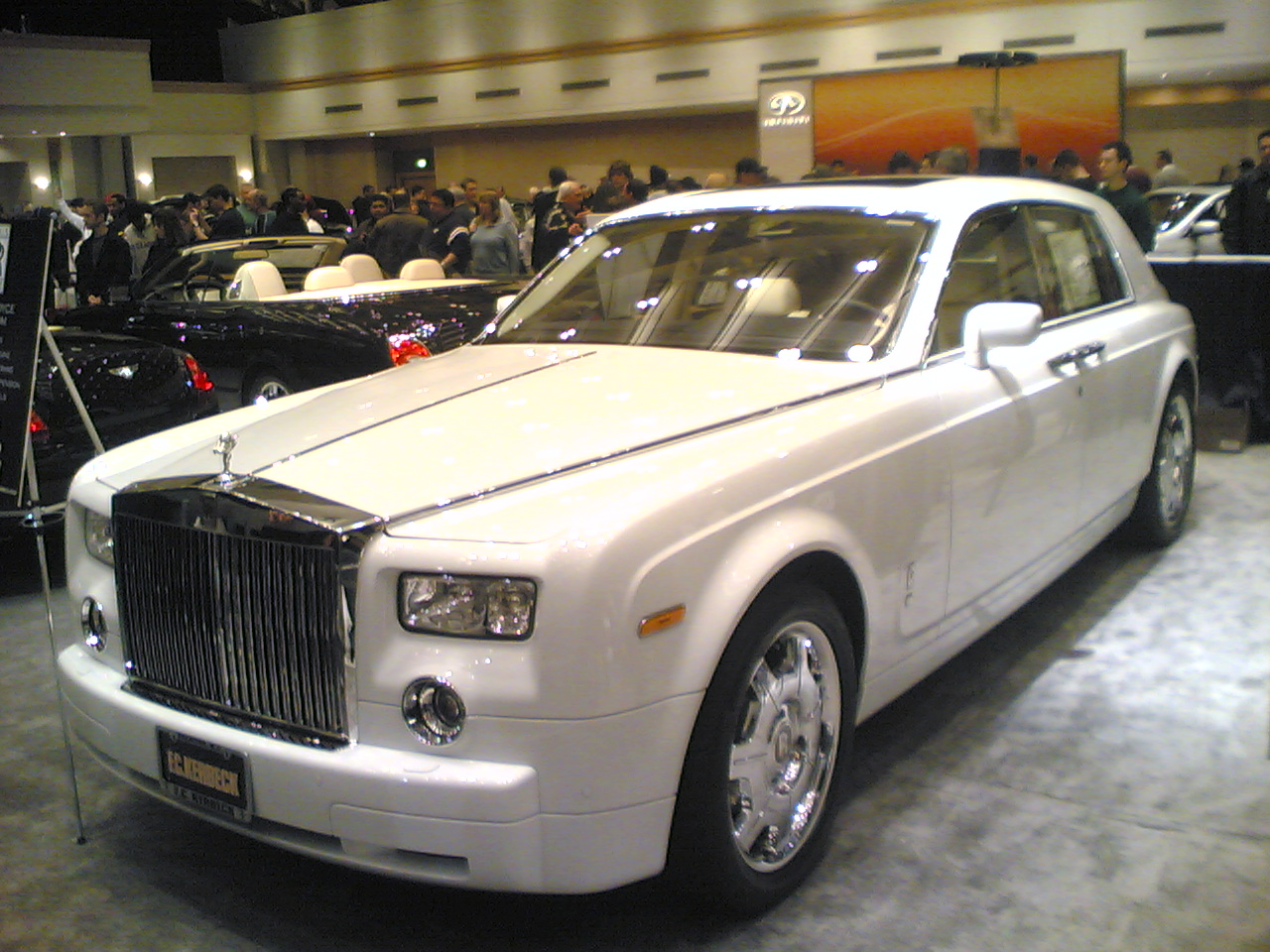 Rolls-Royce Phantom: 5 фото