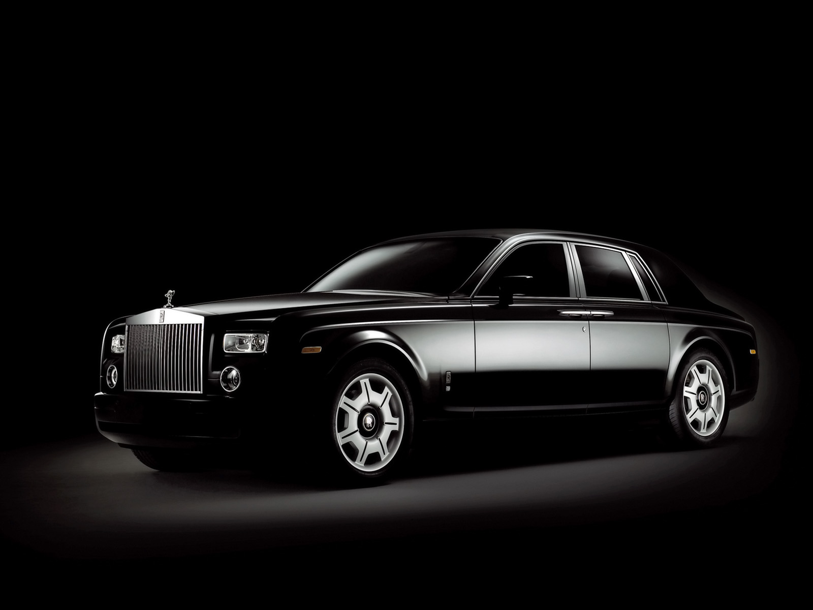 Rolls-Royce Phantom: 6 фото
