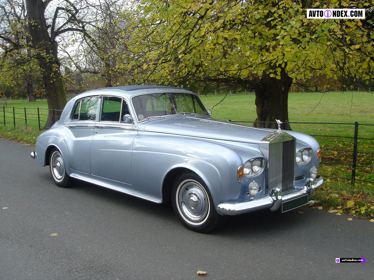 Rolls-Royce Silver Cloud: 3 фото