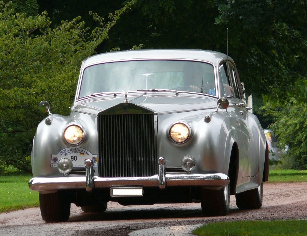 Rolls-Royce Silver Cloud: 9 фото