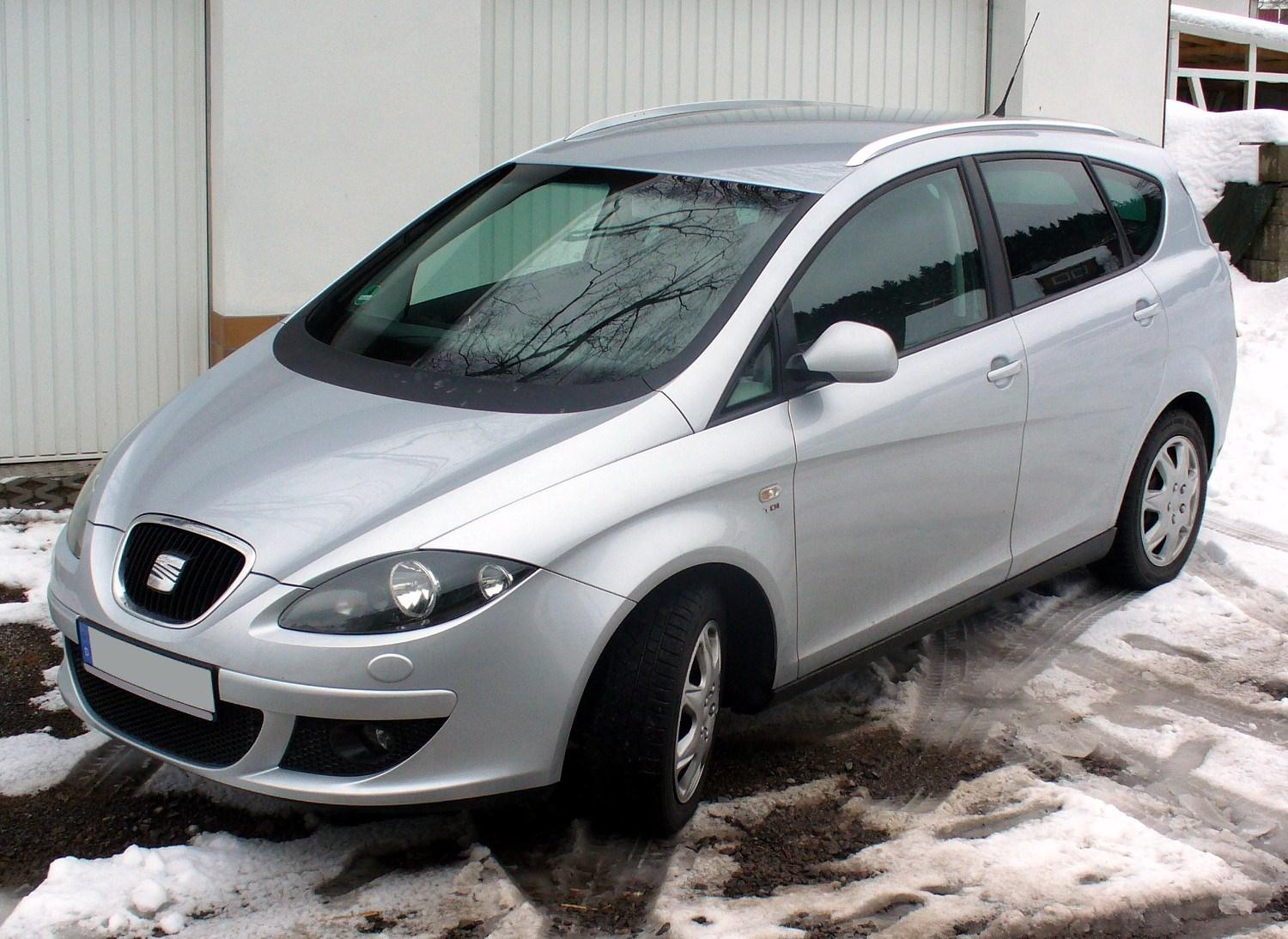Seat Altea XL: 10 фото