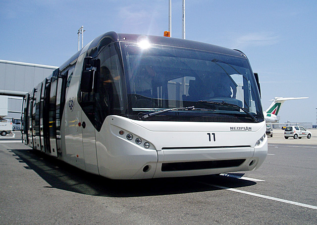 фото автобуса неоплан