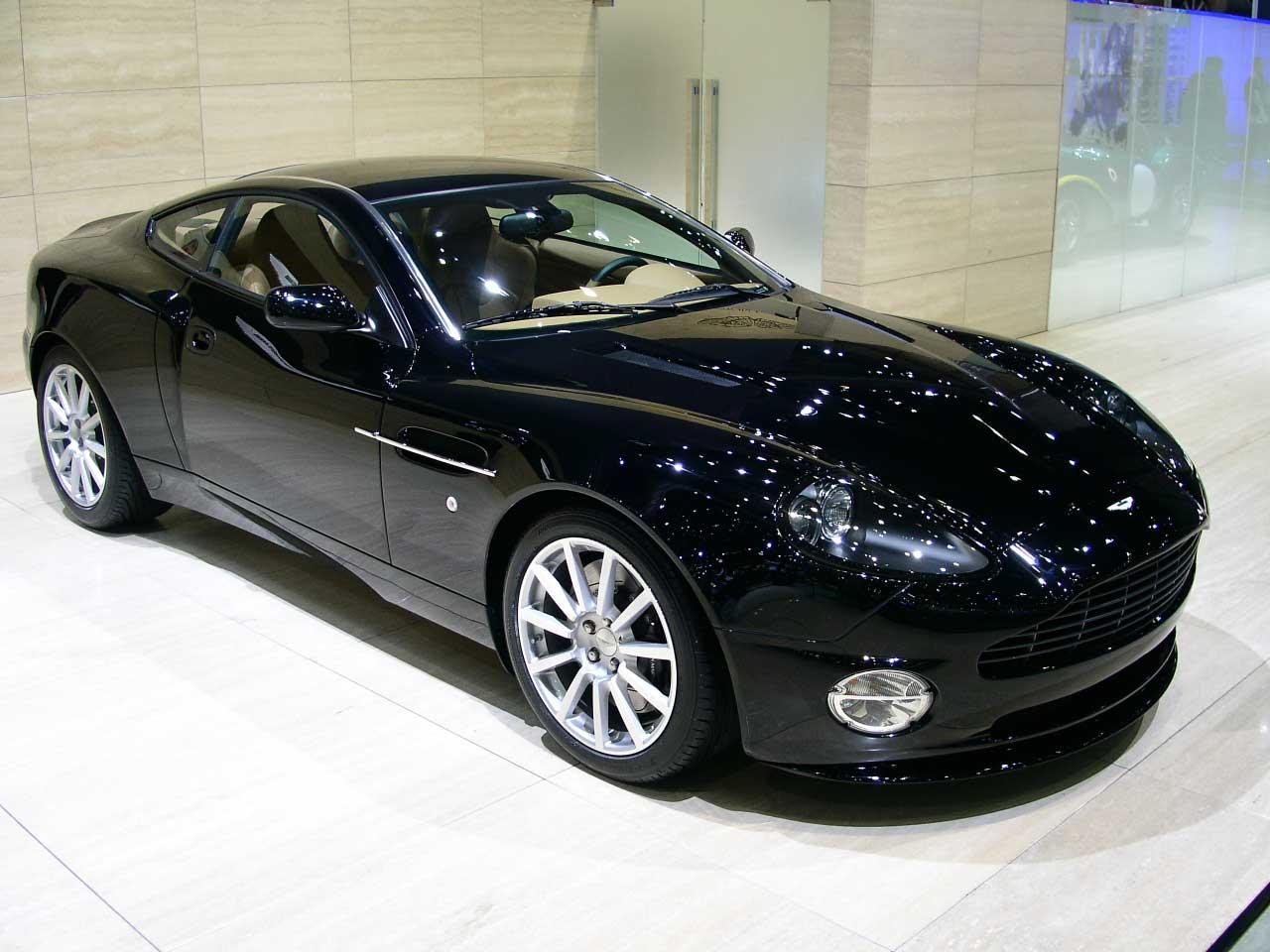 Автомобиль Aston Martin V12 Vanquish: Фото #01 из 15 ...