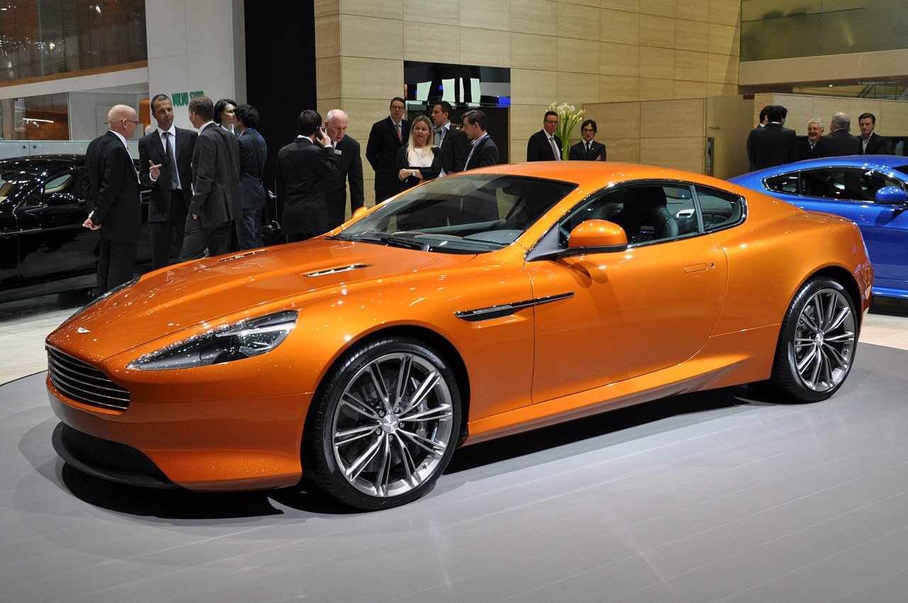 Aston Martin Virage: 02 фото